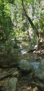 Potami watervallen wandelen