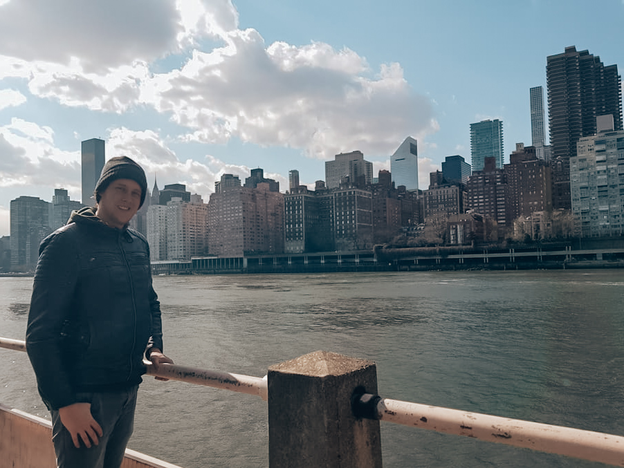Uitzicht op Manhattan vanaf Roosevelt Island