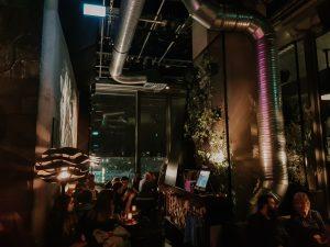 Drukte bij Monkey Bar Berlin