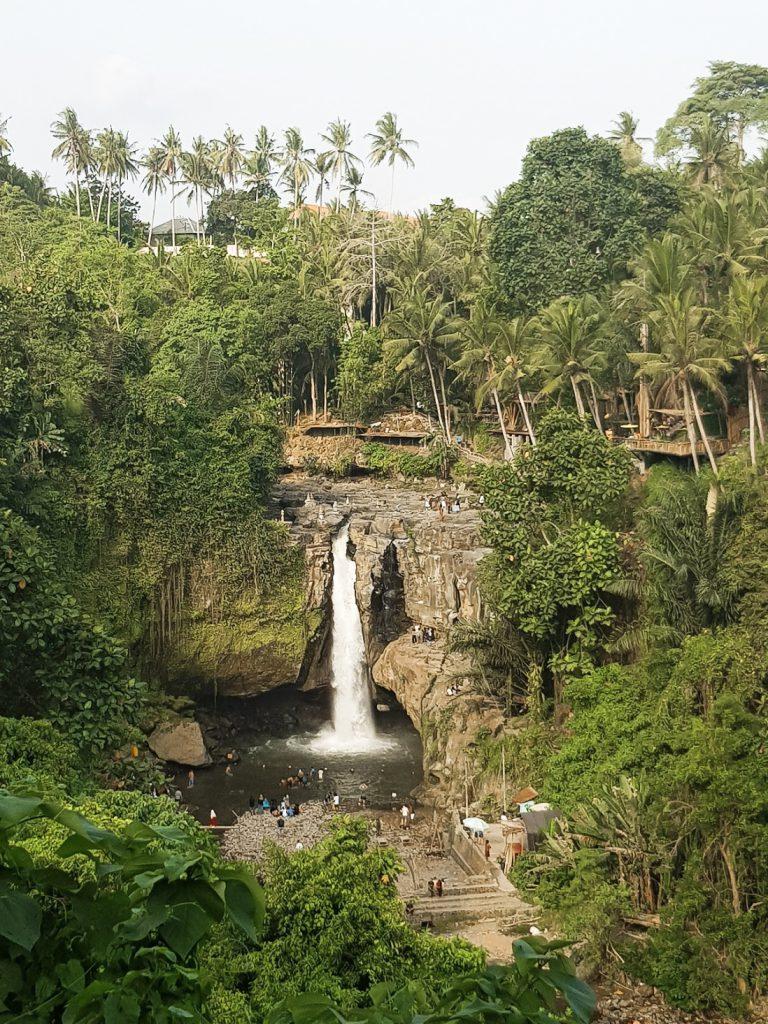 Uitzicht vanaf uitkijkpunt Tegenungan Bali