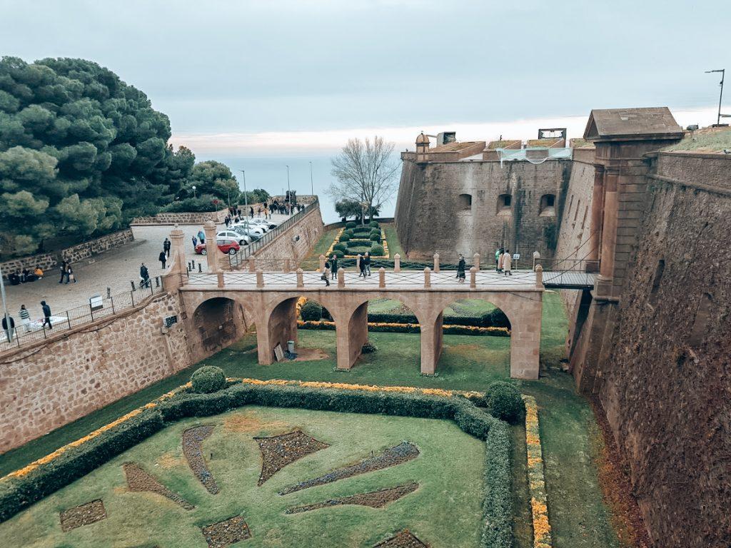 Ingang kasteel de Montjuïc entree
