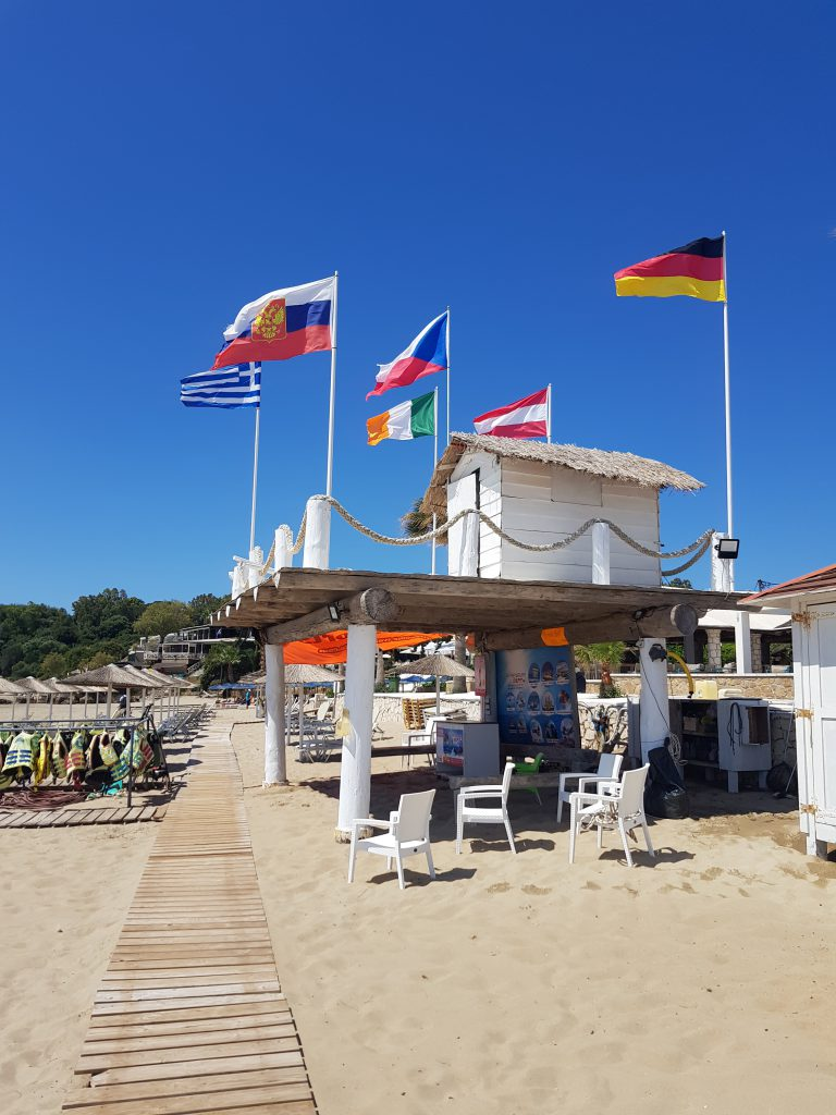 St. Nicholas beach huisje